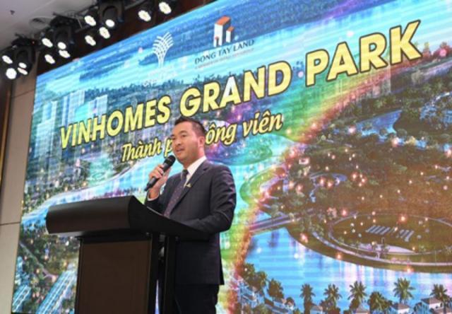 Đông Tây Land bán gần 500 căn Vinhomes Grand Park trong ngày ra mắt