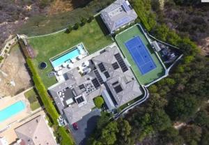 Cận cảnh biệt thự 22 triệu USD ở Beverly Hill vừa bán của Gwen Stefani