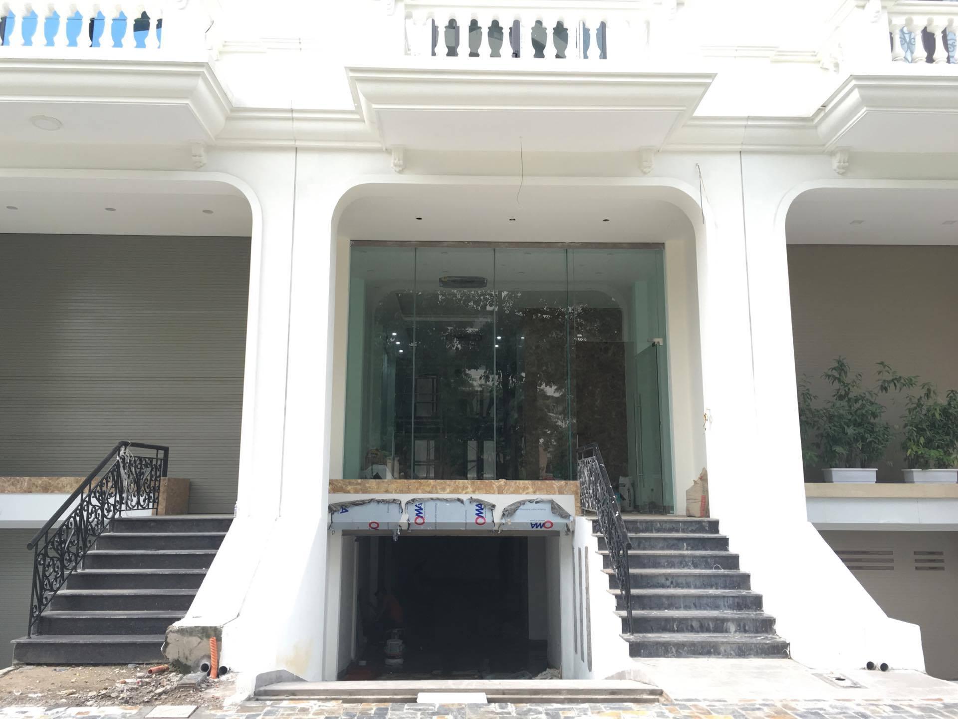 https://cdn.realtorvietnam.com/uploads/real_estate/2096106919193479649991792097051725o_1503150918.jpg