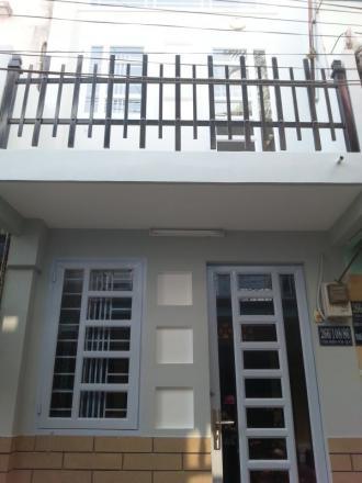 Nhà phố Tây Sơn, ngõ ô tô. Gần nhiều trường ĐH lớn, Kiến trúc chấu Âu, mới xây 2012