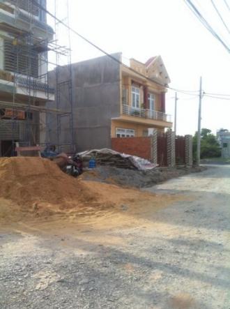 Cần bán gấp 1 số lô đất đường Hương Lộ 80B, Hóc Môn, vị trí đẹp, đối diện chợ Tân Đông giá ưu đãi