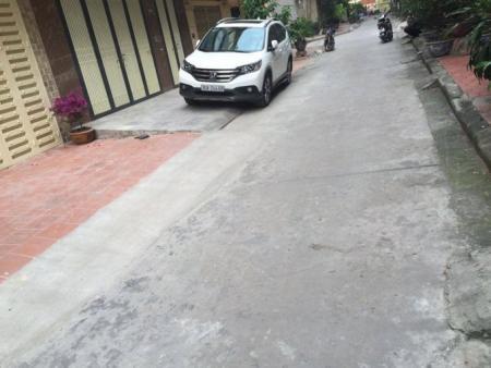 Bán nhà phân lô Hoàng Cầu - Võ Văn Dũng, 50m2, đường ô tô vào 4m