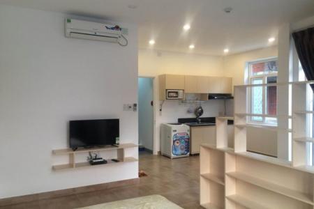 Cho thuê căn hộ dịch vụ gần biển, nội thất mới 100%