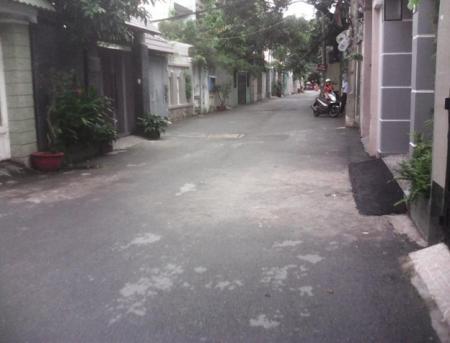 Xoay tiền làm ăn bán gấp nhà mới đẹp, vào ở ngay hẻm xe hơi đường Tô Hiến Thành