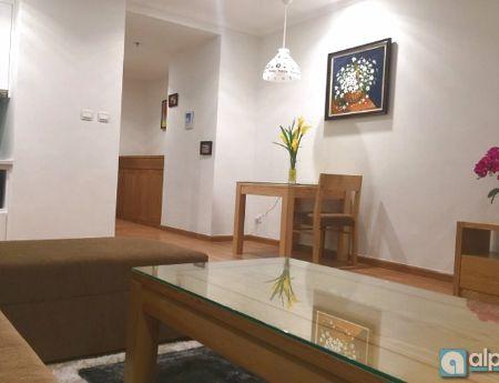 Cho thuê căn hộ chung cư cao cấp royal city đầy đủ nội thất