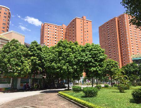 Bán căn hộ KĐT Nghĩa Đô,69m2, cửa TN, ban công ĐB, thô, giá 1.950 tỷ