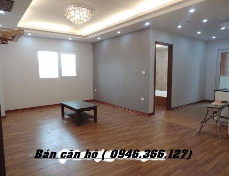 Mình bán căn hộ 75m2, đồ cơ bản, 2PN, tại Chung cư Nghĩa Đô Hoàng Quốc Việt