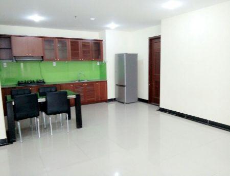 Bán gấp căn hộ chung cư Giai Việt Q.8, DT78 m, 2PN,  2.18 tỷ, view hồ bơi