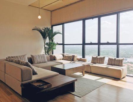 Penthouse Ascent apartment for sale 29th floor 250sqm 3brs