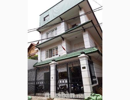 Bán nhà  đường Hoàng Việt, P.4, Q. TB. DT 161m2 - giá 22tỷ.